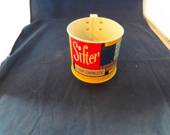 One Cup Enameled Steel Sifter