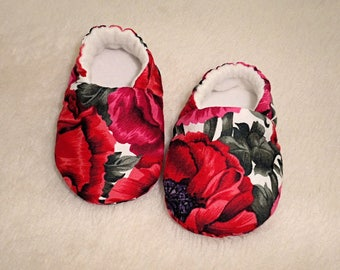 Baby Shoes, Age 0-3 mths, Baby slippers, Soft Sole Shoes, Crib Shoes, Fabric Shoes, Red Shoes, Newborn Shoes, Baby Accessories, Pram Shoes