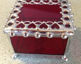 Red, Stained Glass, Ring Box, with Metal Lace Edge / Trinket Box / Heart Box / Red Jewelry Box