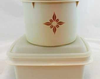 Vintage Tupperware Storage Containers in Beige / Tupperware Canister