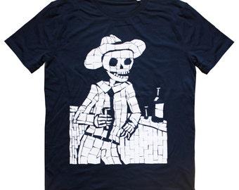 Organic T- Shirt Skeleton at the bar