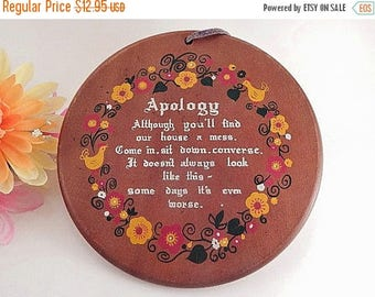 Wooden Plaque Messy House Apology Poem Vintage 1960s Enesco Wall Hanging Red Yellow Chicken Floral Farmhouse Country Folk Art Kitchen Decor