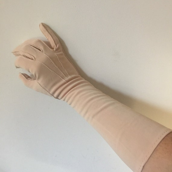 Vintage pale blush pink long gloves Evening nylon rayon 1930s 1940s pin up glamour size 7 7.5 large opera length handmade