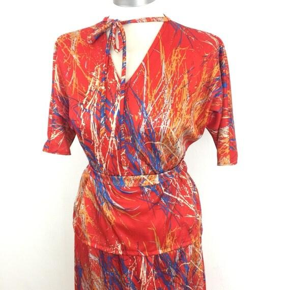 Vintage dress outift 1980s red blouse skirt 80s geometric print UK 10 brushstroke print avant garde handmade elasticated