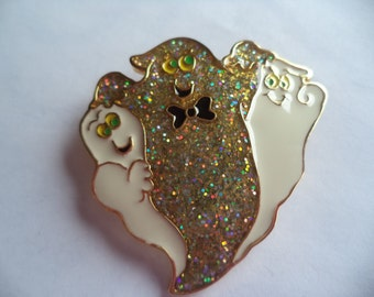 Vintage Unsigned Halloween Trio of Ghosts Brooch/Pin