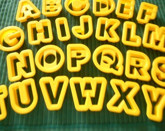 Wilton Cookie Cutters, ABCs, 1 1/2 inch Letters, New ABCs, 26 Letters, Wilton Plastic Letters