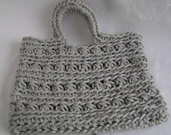 shopper in ribbon yarn