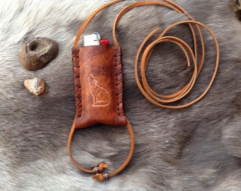 howling coyote leather lighter case necklace, leather lighter leash, bic lighter case, leather pendant bic cover, lighter case necklace