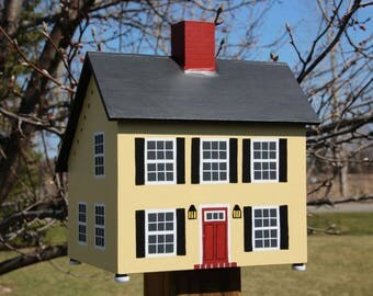 Salt Box Bird House