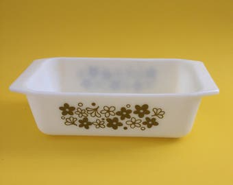 Vintage Pyrex Spring Blossom Green Loaf Pan - Yellow Green 913