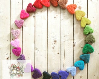 10 little wool hearts - Needle felted hearts - Natural and ecofriendly