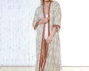 Stripe Stunner Long Kimono Robe