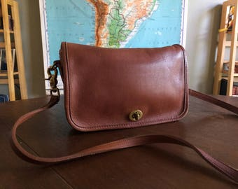Lovely Vintage Coach Pocket Purse - British Tan Brown - Nice Vintage Condition