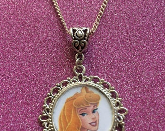 Sleeping beauty style necklace - Aurora necklace - princess necklace