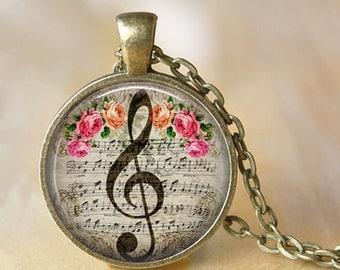 treble clef picture pendant glass necklace