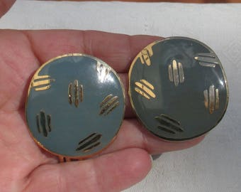 Retro Enameled Striped Round Metal Pierced Earrings
