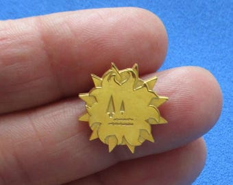 Retro Terryberry 24Kt Gold Plated Lapel Pin Etched Tree's