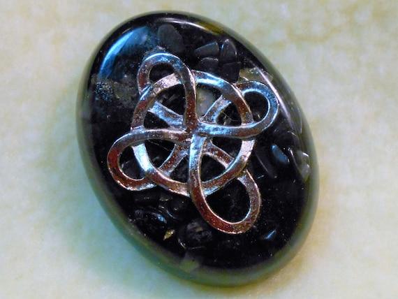 celtic knot cross pocket piece black tourmaline shungite. Black Bedroom Furniture Sets. Home Design Ideas