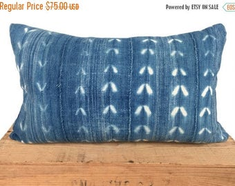 SALE Mudcloth Pillow Vintage Indigo African Mud Cloth Pillow Cover 12x20 Arrow Print
