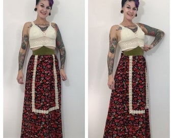 Vintage 1970's Floral Velvet Skirt with Pointed Waist