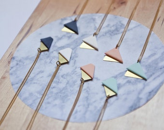 Itten Necklace · Geometric necklace · Minimal accesories