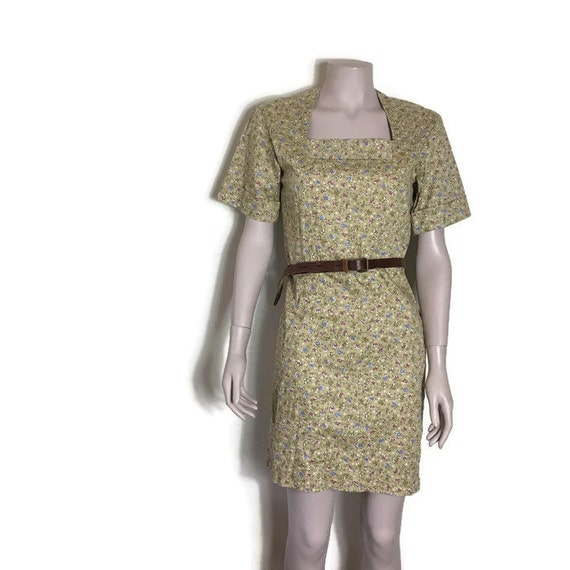Floral vintage dress // camel cotton with flowers // petite boho flroal dress // fitted pencil dress // size 8 10