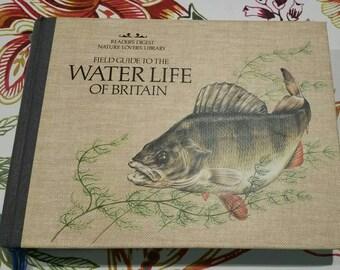 Vintage Field Guide to the Waterline of Britain, 1984 Readers Digest