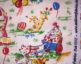 Andover Circus, Clown, Balloons, Elephant, Giraffe, Vintage Fabric 1/2