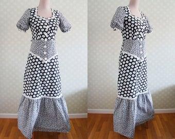 70s Vintage Maxi Dress. Black and white formal print. Peasant maxi dress.