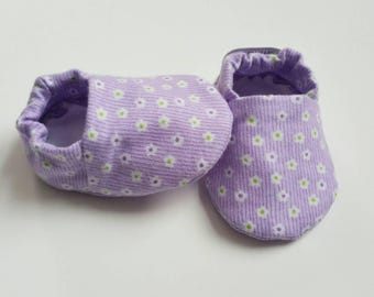 Baby Booties, Baby Gifts, Baby Slippers, Baby Crib Shoes, Baby Moccs, Baby Shoes, Purple Baby Shoes, Girl Baby Slippers, Purple Shoes