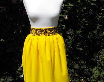 yellow skirt folk II