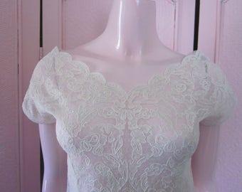 1950s White Nylon Lace Blouse, Size 34