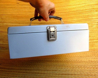Tackle Box, Artist Case, Vintage Metal Box, Artist Supplies, Craft Room Case, Craft Room Storage Box, Vintage Retro Old, white Tool Box