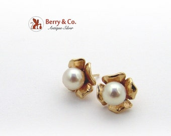 Floral Stud Earrings Pearl 14K Gold
