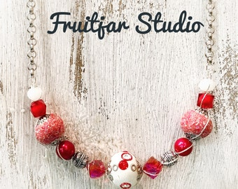 Red & White Wire Wrapped Glass Bead Necklace