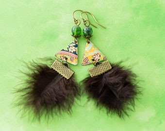 Vintage Tin Triangle Feather Earrings with Green Stone Beads, Feather Earrings, Triangle Earrings, Trendy Jewelry, Natural Jewelry