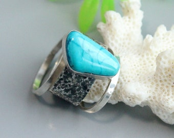 Arizona turquoise ring,  turquoise rings, turquoise silver, solitaire rings, texture rings, stackable rings,, sterling rings, silver ring