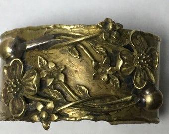 Gorgeous Brass High Relief Flower Bracelet