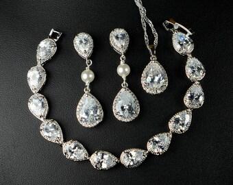 Bridesmaid gifts ,Wedding Jewelry Bridesmaid Jewelry Bridal Necklace Bridesmaid Necklace Clear White swarovski Crystal flower drop Necklace