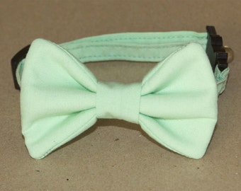 Cat and Dog Spearmint Bow Tie Collar
