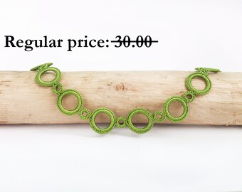SALE Green necklace - Crochet statement necklace Crochet jewelry Green jewelry Metal free jewelry Circle necklace Gift for her