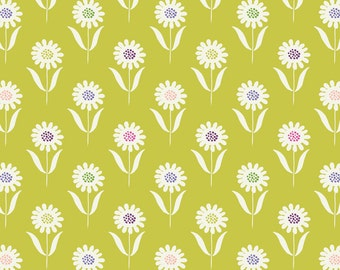 A83-2 Daisies Summer Grass Lewis & Irene 'DISCOUNTED Price' Our Friends in the Garden Patchwork Quilting Fabric