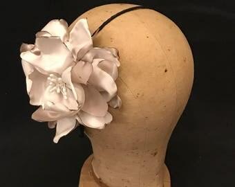 kentucky derby hat,derby headband,kentucky derby hats,birdcage veil,fascinator headband,flower fascinator,kentucky derby dress,derby party