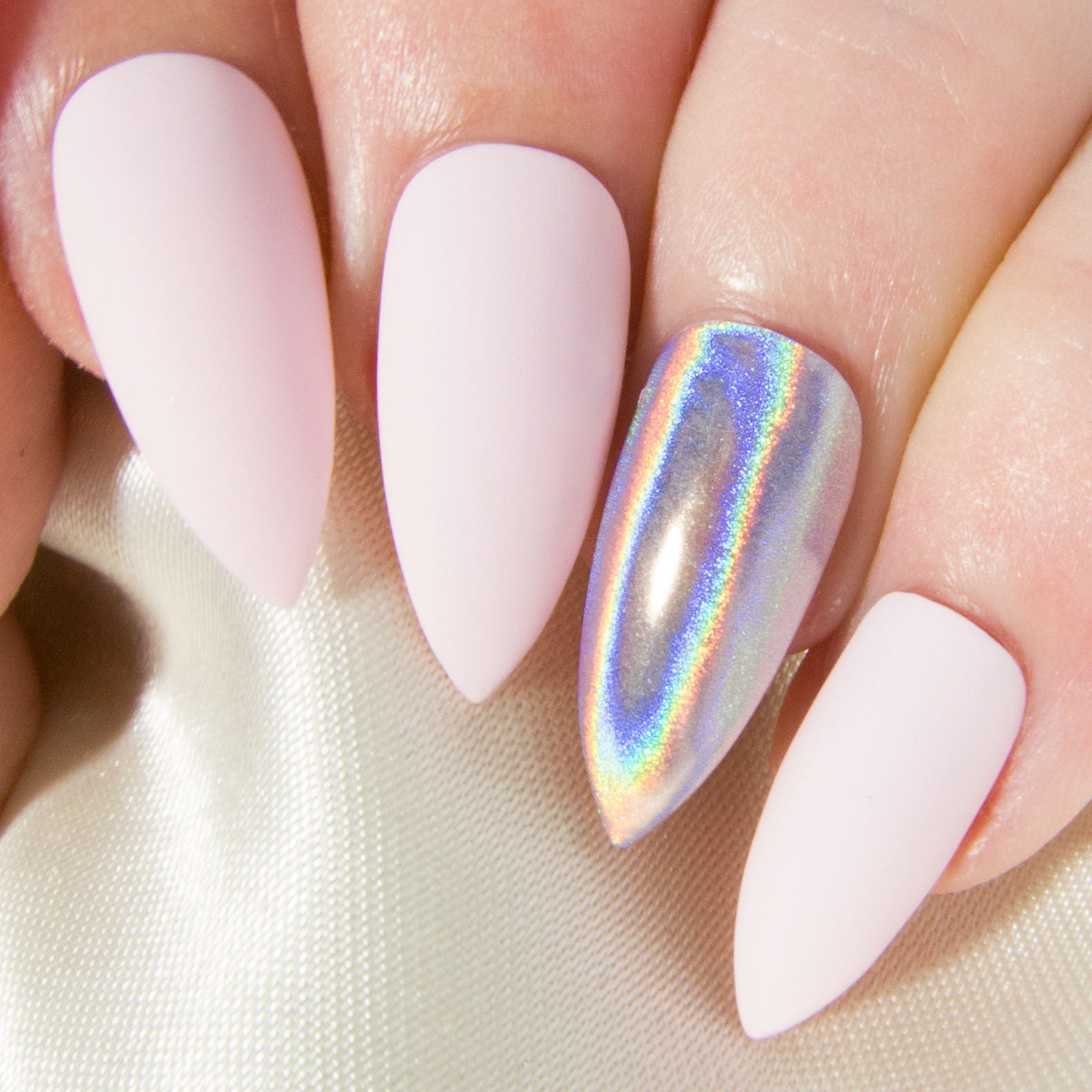 Fake Nails: Stiletto Press On Nails