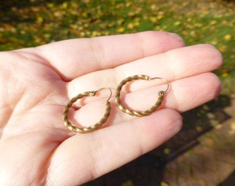 Antique 10k Gold Hoop Earrings, Rope Design, Circa 1890s, Perfect for Everyday Wear, Nice Size!