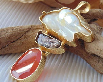 Biwa Pearl, Baroque Pearl , Carnelian Pendant- Pendant -Stylish 14K Gold Plated Pendant - Trendy Online Jewelry- Lovely Gift For Her - P1684