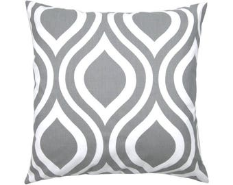 Pillowcase EMILY grey white 50 x 50 cm retro graphic