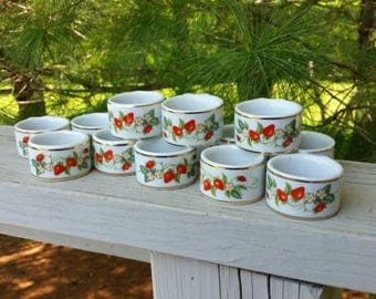 Avon Ceramic Strawberry Napkin Rings - Set of 6