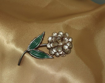Large Vintage Gold Flower Brooch