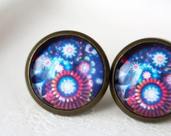 12 mm Stud Earrings, flower abstract